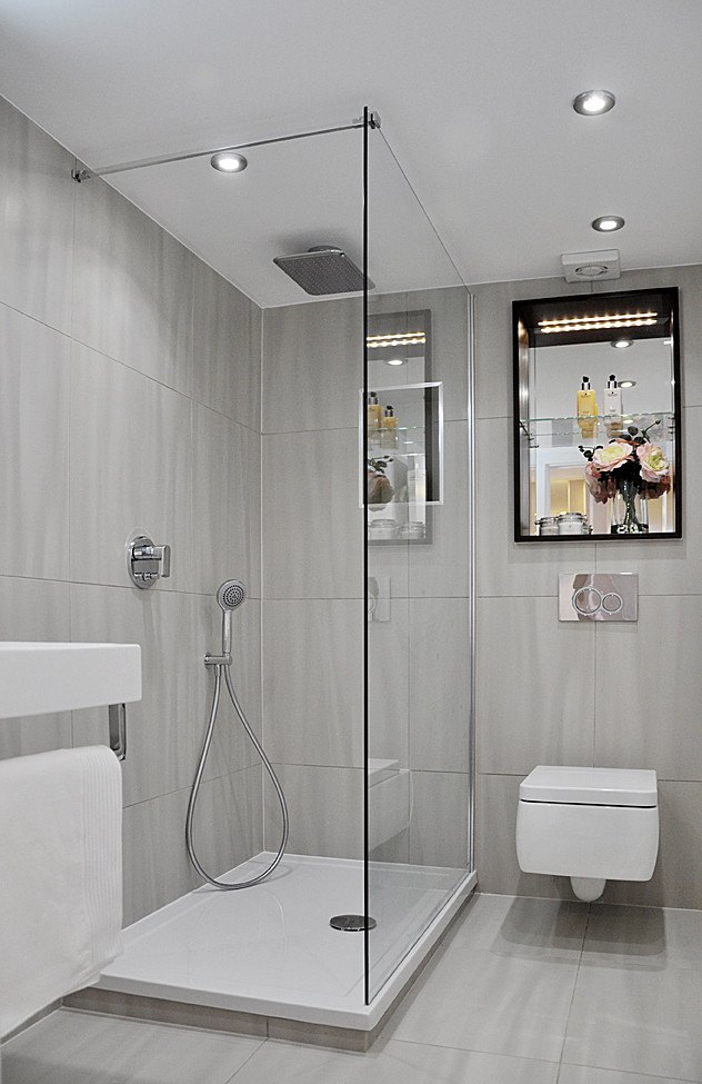 dusche in kleines bad einbauen raum und m beldesign. Black Bedroom Furniture Sets. Home Design Ideas